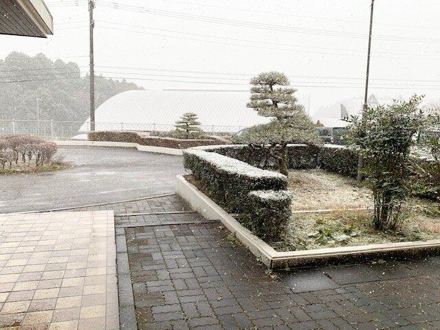 http://www.kitashitara.jp/taguchi-el/IMG_4735.jpg