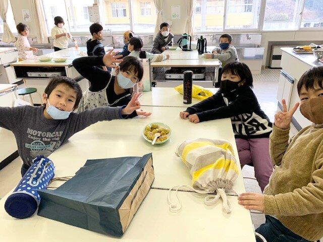 http://www.kitashitara.jp/taguchi-el/IMG_4815.jpg