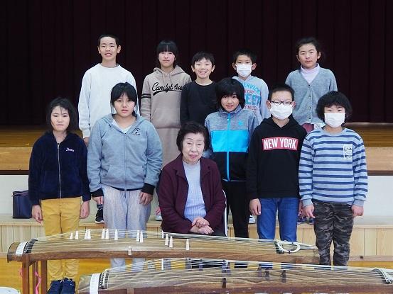 http://www.kitashitara.jp/taguchi-el/P2060082.JPG